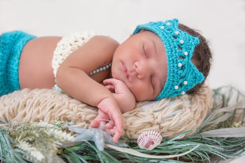 2017-07-16 Peyton Peco Newborn