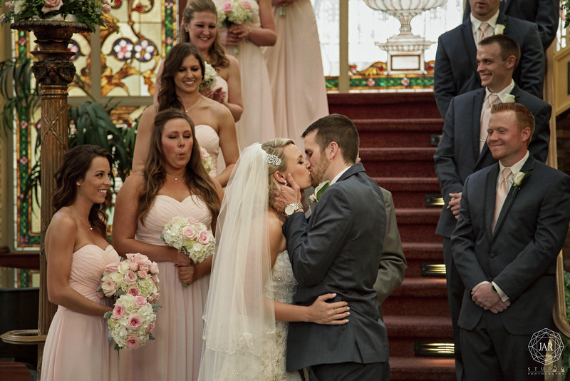 11-romantic-wedding-ceremony-the-ballroom-at-church-street-jarstudio-photography.jpg
