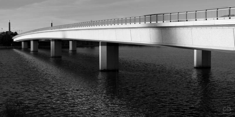 Commonwealth Bridge