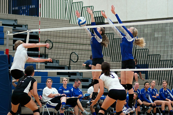 BHS v Ballard Volleyball 9.19.12