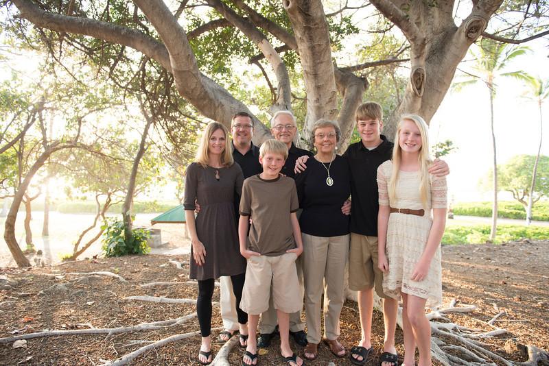 Schatz Family-14.jpg
