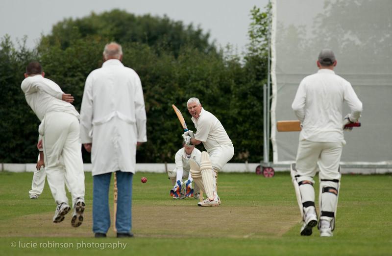110820 - cricket - 021.jpg