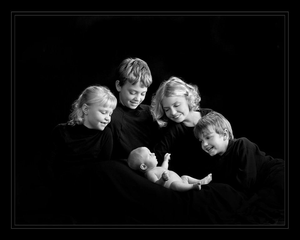 Our Baby Brother by Jerry Hansen Masters Award of Merit Portrait. See the entire Album http://www.mardelphotography.net/PortraitProofs/Cougar-Hansen/1st-year-Album