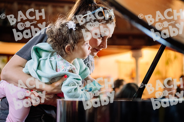 © Bach to Baby 2018_Alejandro Tamagno_Muswell Hill_2018-05-10 018.jpg