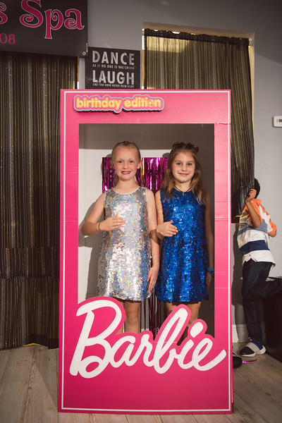 2020-0104-delaney-barbie-party-58.jpg