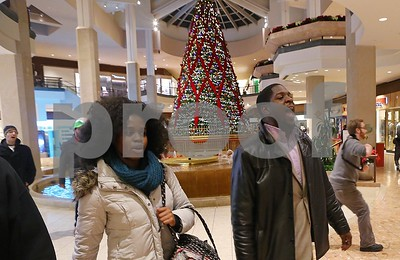ferguson-protest-closes-huge-st-louisarea-mall