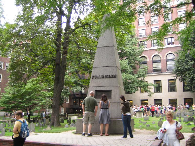 Grave of Benjamin Franklin's parents