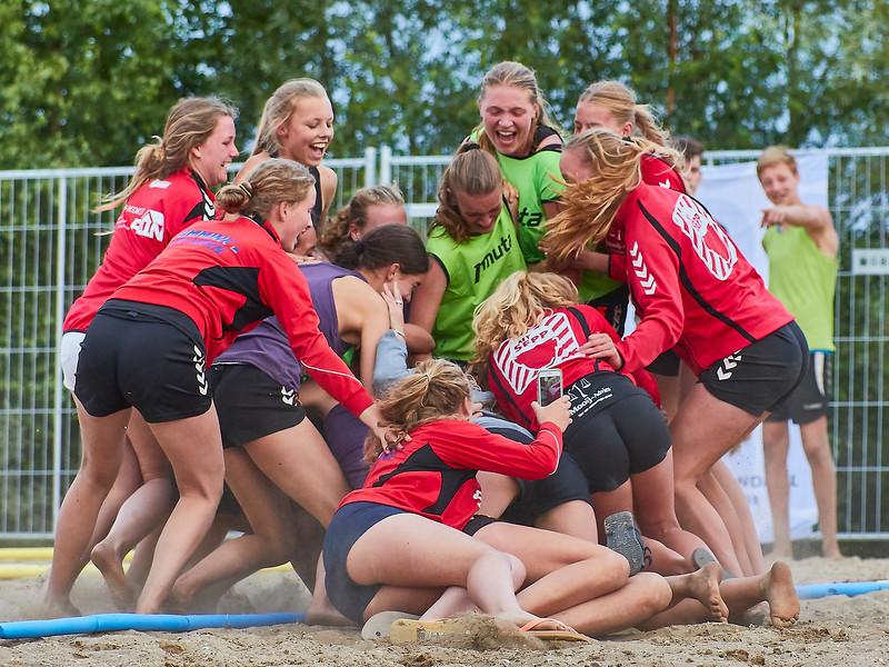 Molecaten NK Beach Handball 2017 dag 1 img 652.jpg