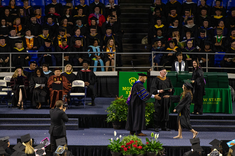 Graduation 2019-9740.jpg