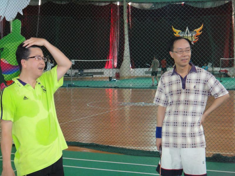 [20110820] MIBs vs. LSH @ BJ R&F Club (21).JPG