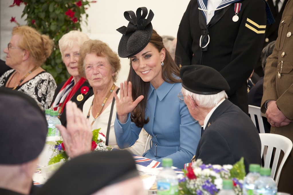 . Catherine, Duchess of Cambridge meets veterans for tea before attending the Commemoration of the 70th anniversary of the Normandy Landings at Gold Beach on June 6, 2014 in Arromanches, France.  (Photo by Jamie Wiseman - Pool/Getty Images)