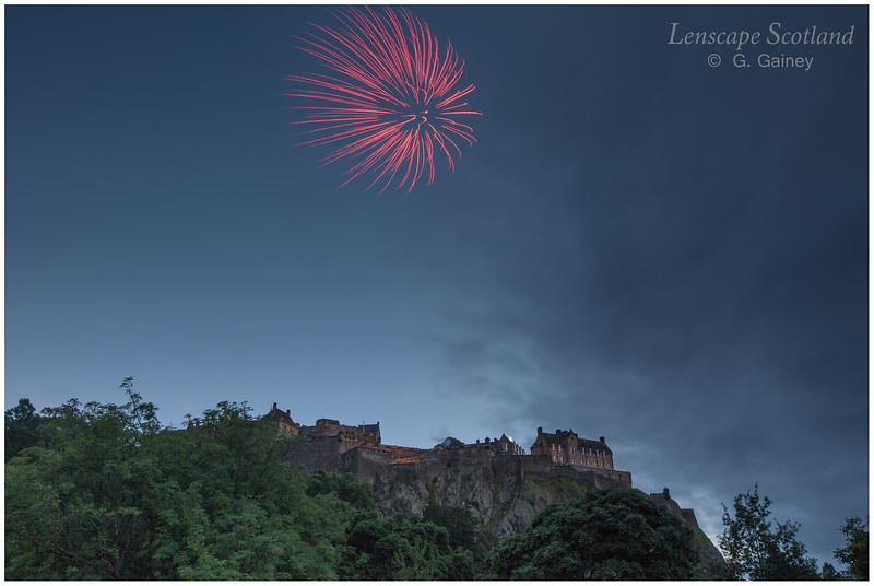 Fireworks over Edinburgh Castle from Princes Street Gardens (2)