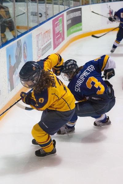 20130310 QWHockeyvsUBC 678.jpg