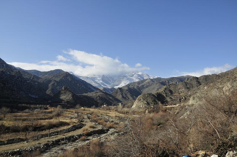 081217 0642 Armenia - Meghris - Assessment Trip 03 - Drive to Meghris ~R.JPG