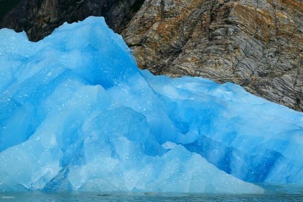 Sawyer Glacier Up Close.jpg