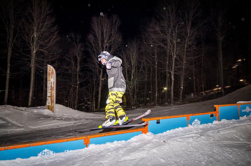 Nighttime-Rail-Jam_Snow-Trails-22.jpg