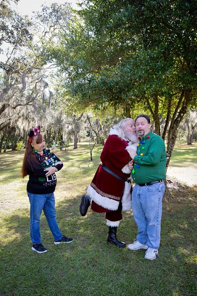 Santa Minis 2018: Greg and Teresa!