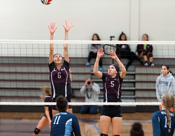 09/24/18 Wesley Bunnell | Staff Bristol Central volleyball defeated Middletown on Monday evening at Bristol Central High School. Emily Ericson (6) and Brooke Soucy (5).