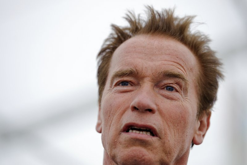""". <p>3. ARNOLD SCHWARZENEGGER <p>Might make presidential run if he can get endorsement of all the maids he knocked up. (unranked) <p><b><a href=\'http://www.huffingtonpost.com/2013/10/19/arnold-schwarzenegger-2016_n_4128022.html\' target=\""""_blank\""""> HUH?</a></b> <p>   (Fabrice Coffrini/AFP/Getty Images)"""