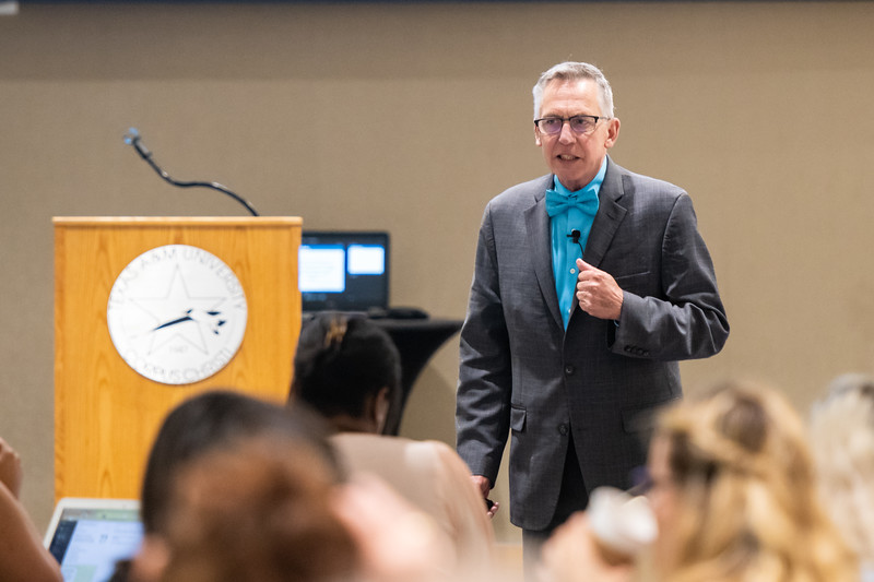Executive Director of NACADA- The Global Community for Academic Advising, Dr. Charlie Nutt speaks to audience members during the Advising and Student Success Project Grad event.