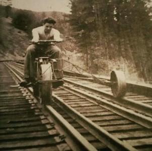 Bike & Motos on train tracks