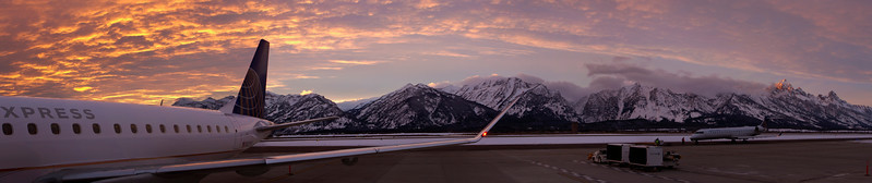 jackson hole airport sunset pano 1.20.18.jpg