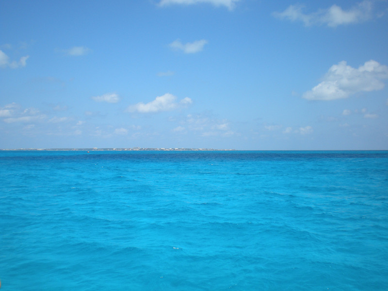 From the ferry, to Isla Mujeres