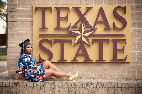 Akilah Gradney   Texas State College Grad 2019