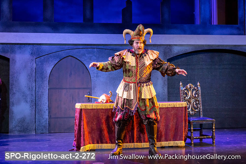 SPO-Rigoletto-act-2-272.jpg