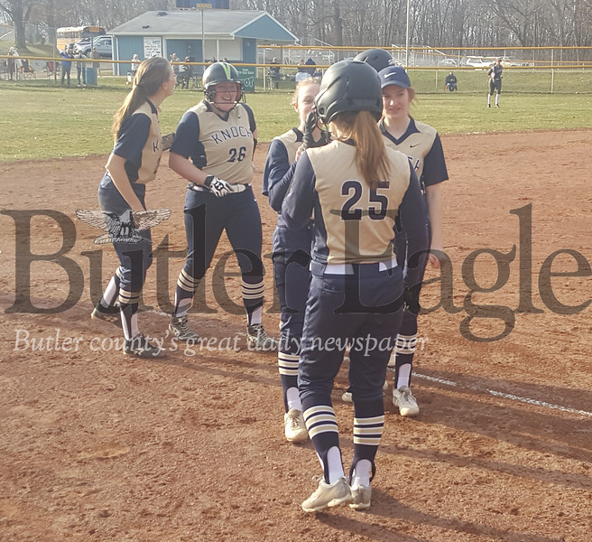 0403_SPO_Knoch girls SB.jpg