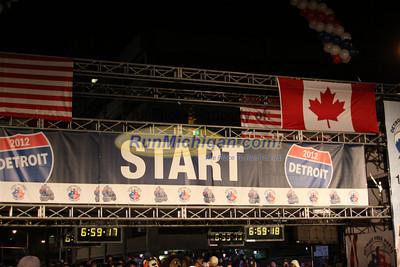 Marathon & International Half Start, Gallery 1 - 2012 Detroit Free Press Marathon