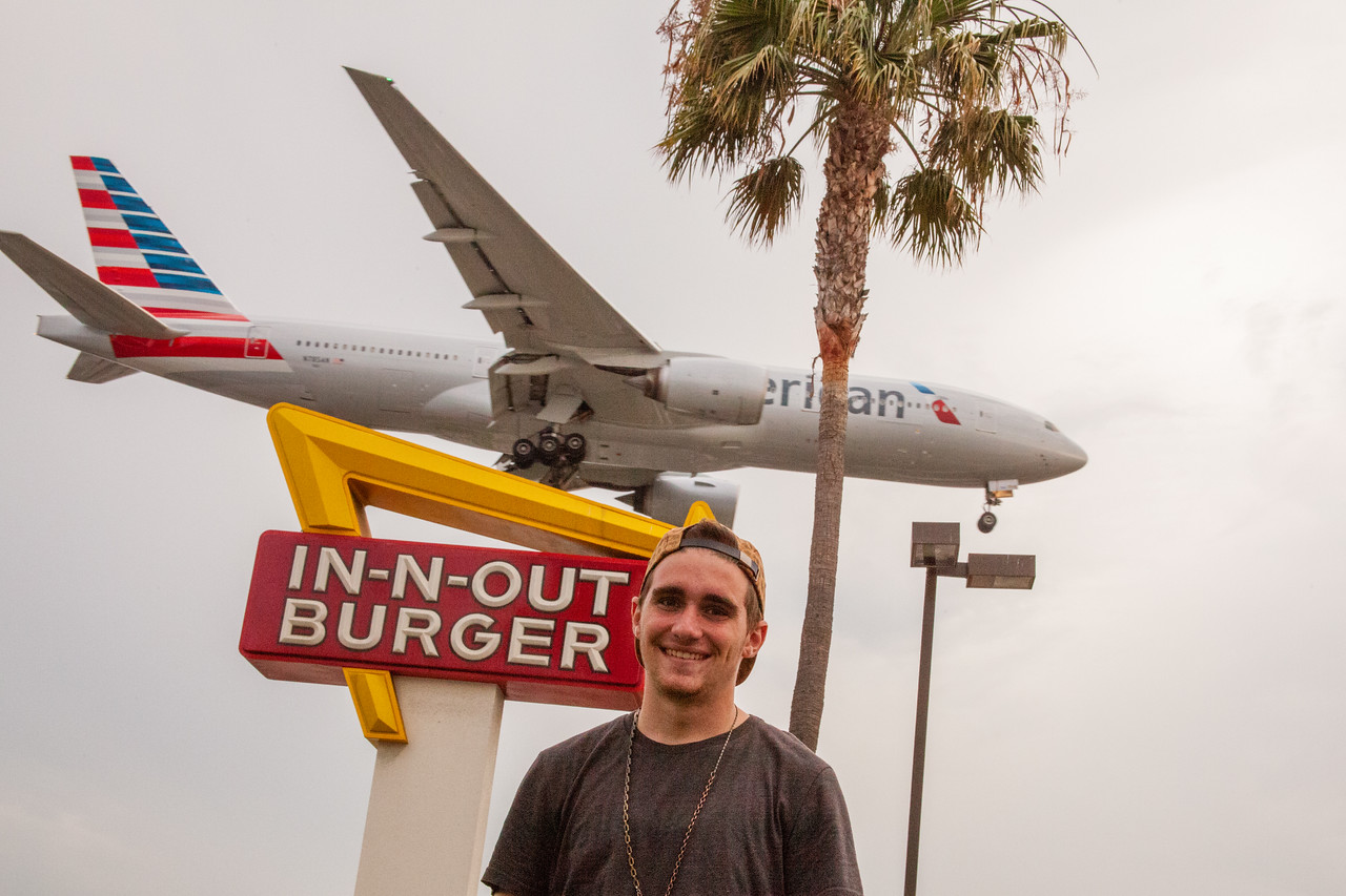 Nate Look at In-n-Out Burger near LAX