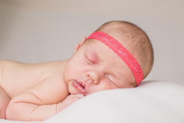 Newborn: Mikayla