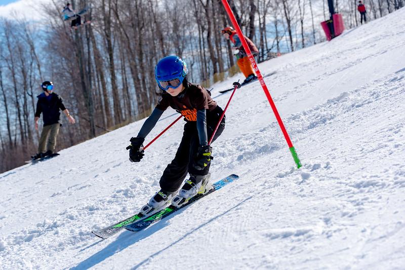 Standard-Race_2-3-18_Snow-Trails-73445.jpg