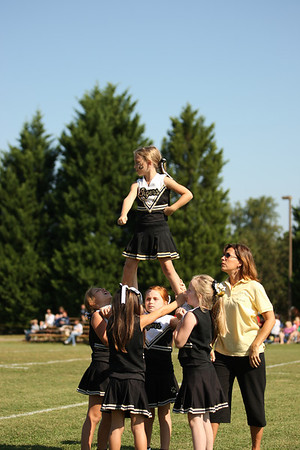 9-22-12 Cheerleaders Pee Wee vs Ray Childers