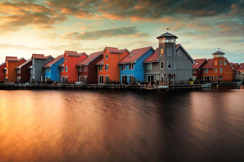 Groningen colored houses water harbor sunset.jpg