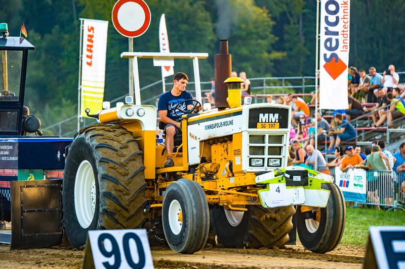 Tractor Pulling 2015-01689.jpg