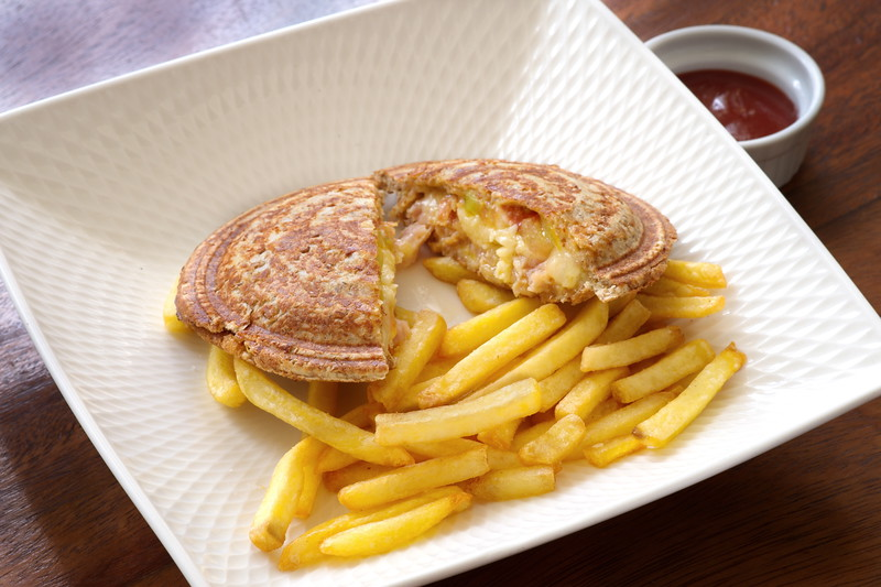 saucer-ham-cheese_3984.jpg
