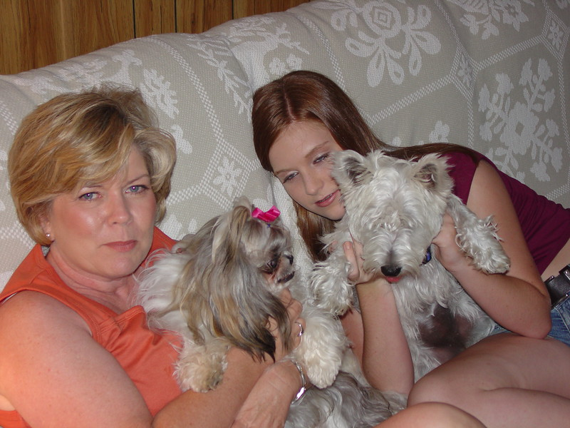 Mama and Lauren with the dogs.jpg
