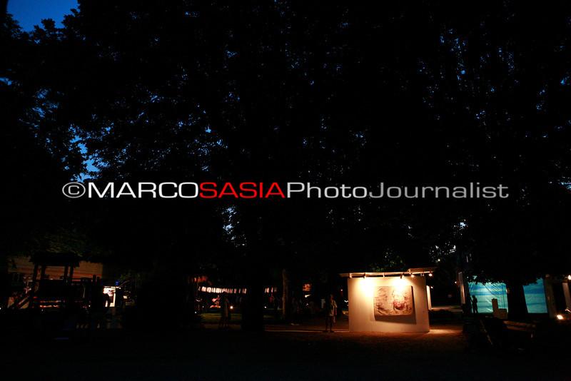 0152-ZooArt-02-2012.jpg