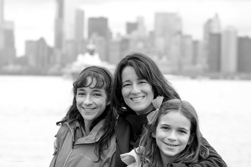 Julie, Leah, Robin (117) by Art M Altman 03762 2017-Apr.jpg