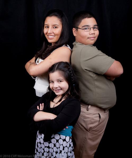 Fuentes Family Portraits-8512.jpg