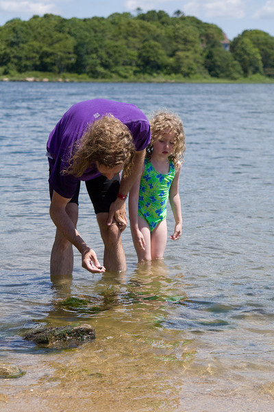 Eric and Beverly searching for hermit crabs