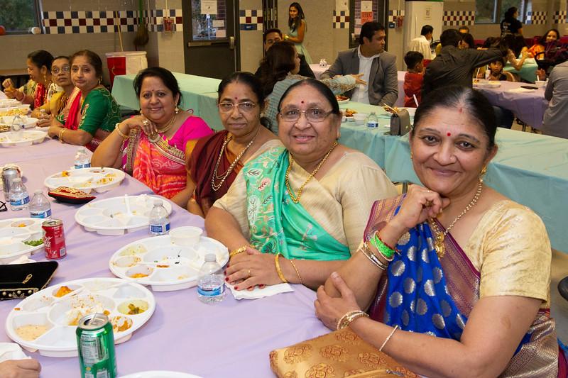 2019 11 SPCS Diwali 085.jpg