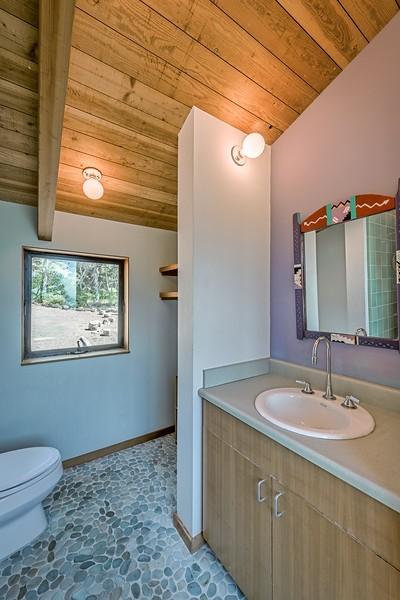 Upstairs Bath Room
