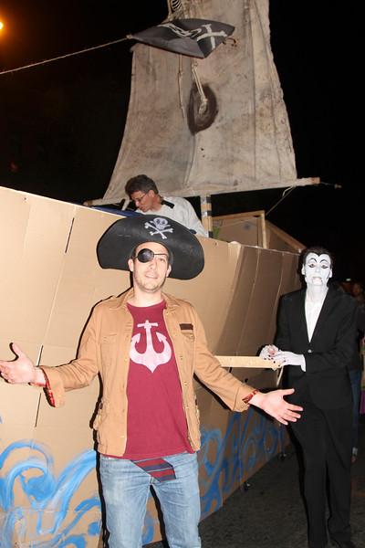 2013.10.31 Halloween in the Slope f-84.jpg