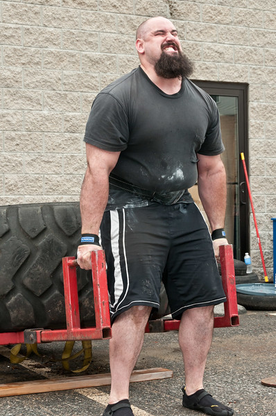 Fitness Revolution Strongman Challenge 2011_ERF3887.jpg