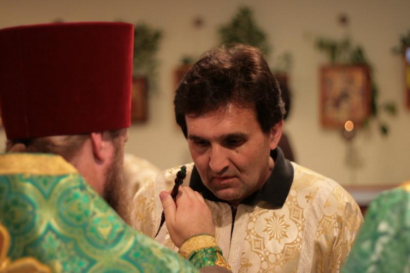 2009-Pentecost-Panikhida and All-Night Vigil-img_6428.jpg