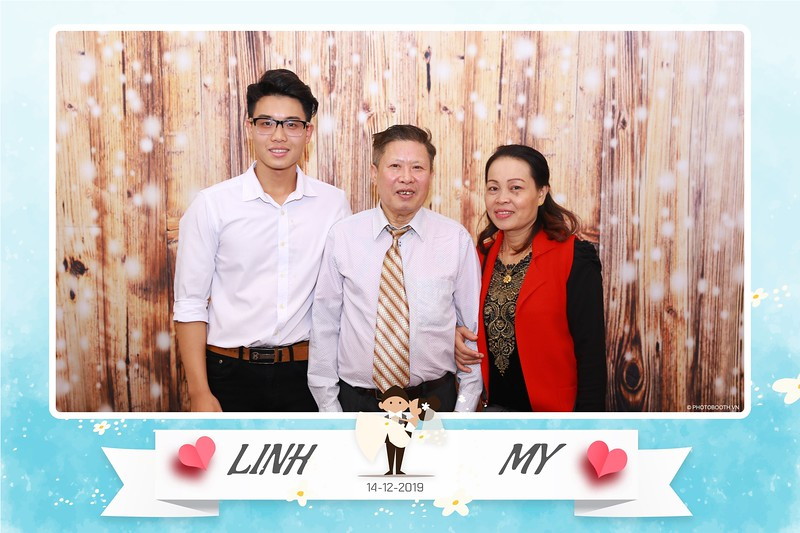 Linh-My-wedding-instant-print-photo-booth-in-Ha-Noi-Chup-anh-in-hnh-lay-ngay-Tiec-cuoi-tai-Ha-noi-WefieBox-photobooth-hanoi-113.jpg