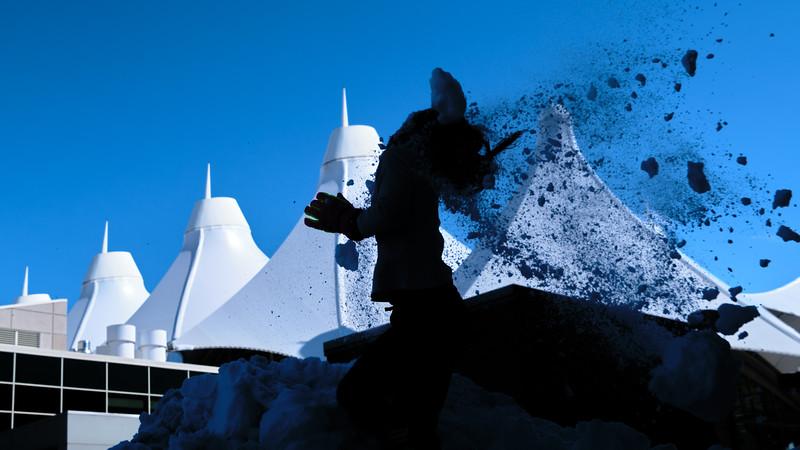 031621_westin_deck_snowball_fight_slts-006.jpg